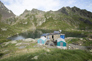 REFUGE DE VÉNASQUE (FFCAM)